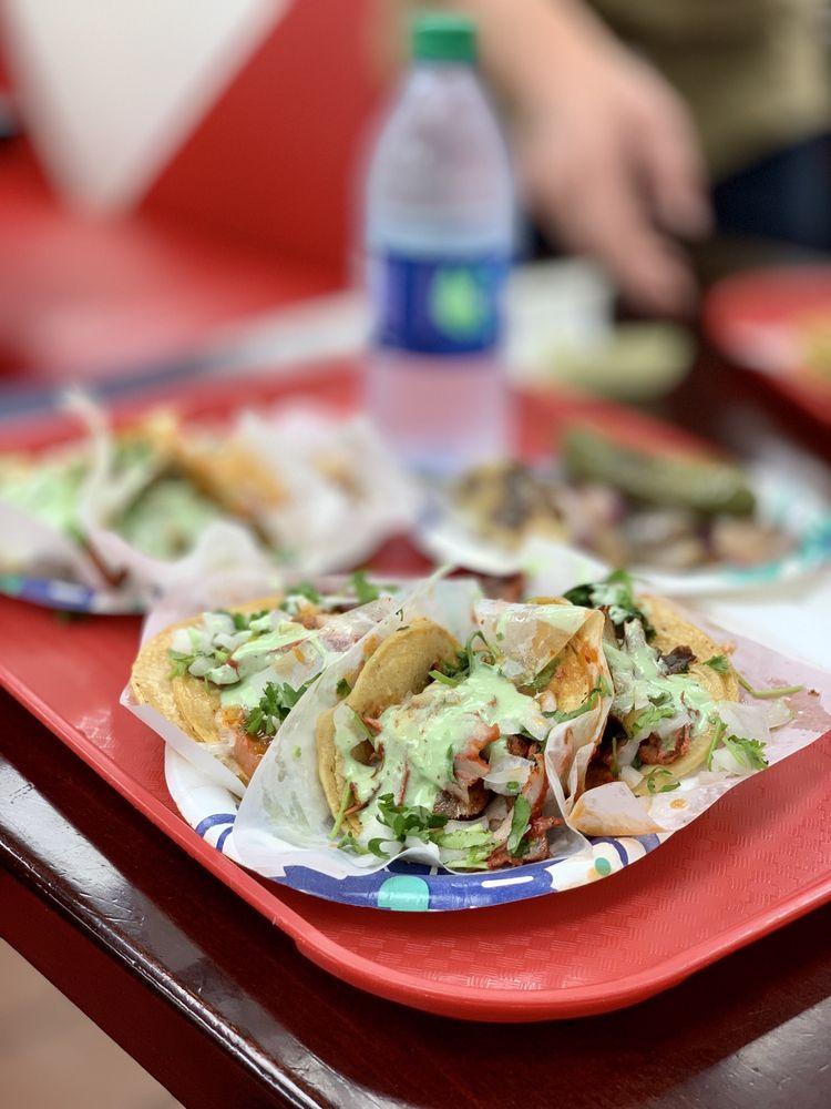 Food from Tacos El Gordo