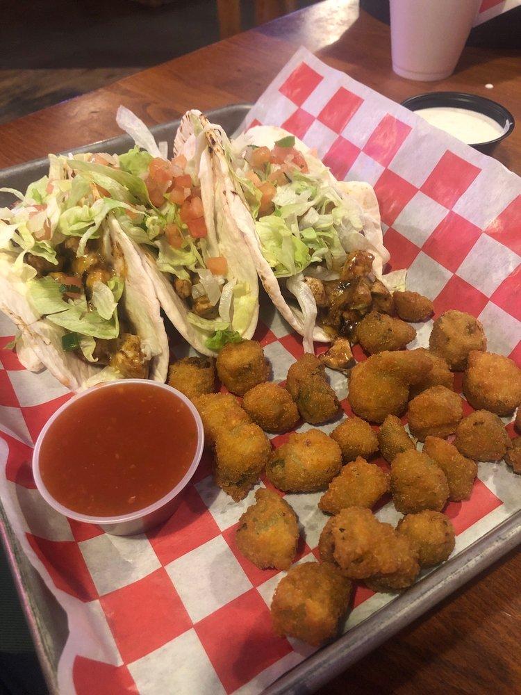 Caktus Jack's Steakhouse & Saloon: 2101 N Highway 64, Guymon, OK