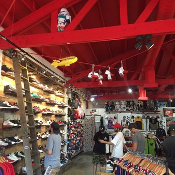 Shoe Store Fairfax Los Angeles