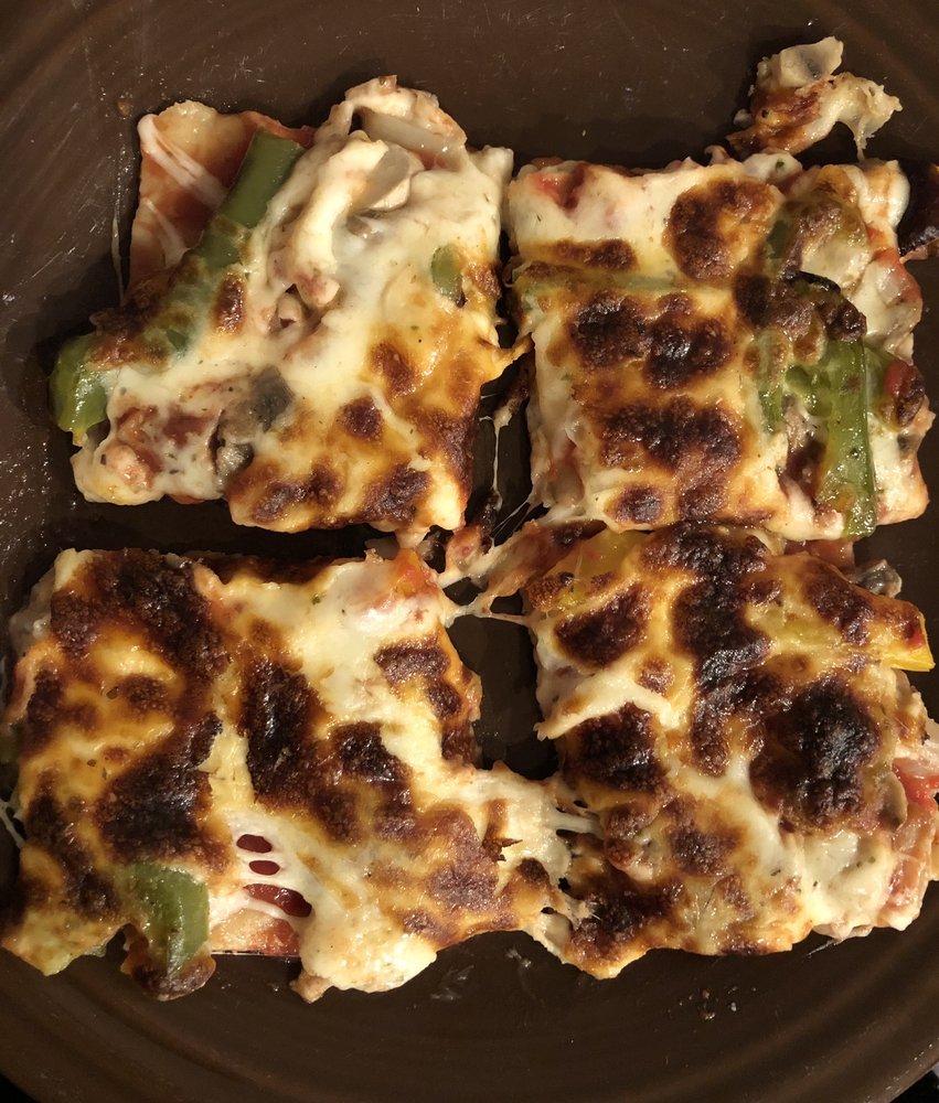 Lefty's Pizza Kitchen: 600 Central Ave, Highland Park, IL