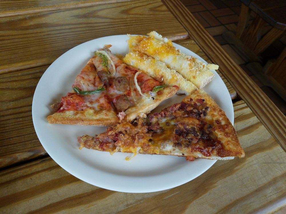 Fatboy's Pizza Shack: 116 E Main St, Frostburg, MD