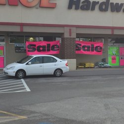 Ace Hardware 26 Reviews Hardware Stores 239 E Northwest Hwy