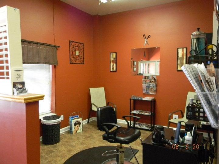 Anthony's Hair Design: 509 McGhee, Maryville, TN