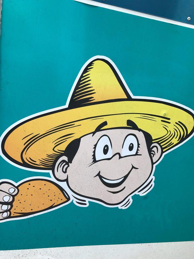 Tacos El Unico: 601 W Cherokee St, Lindsay, OK