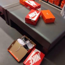 501e3ebbb31 Nike Factory Store - Active Life - Londoner Bogen 10, Zweibrücken ...