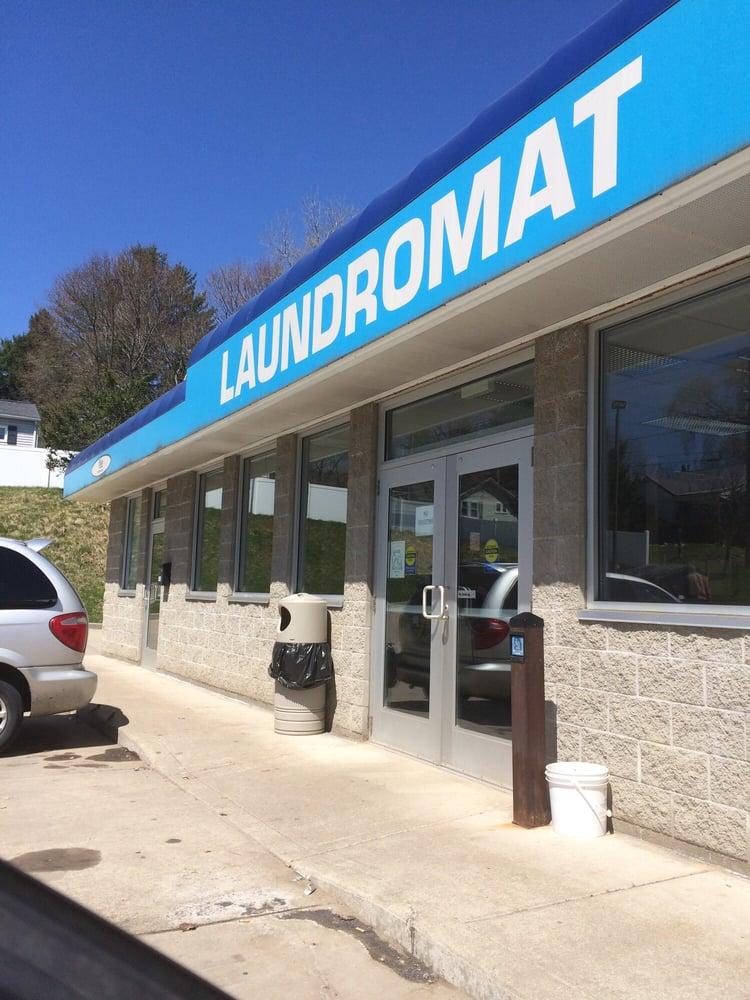 Robo Laundry Mat: 140 Brad St, Jamestown, NY