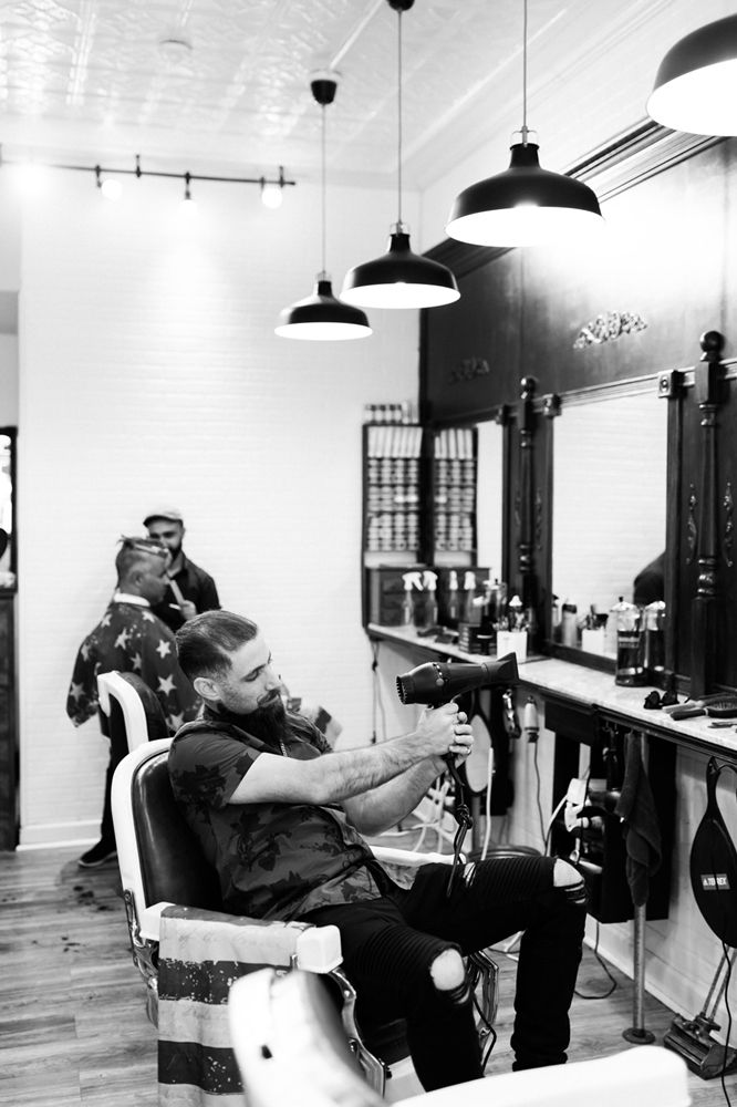Classic Man Cut Shave 77 Photos 37 Reviews Barbers 37