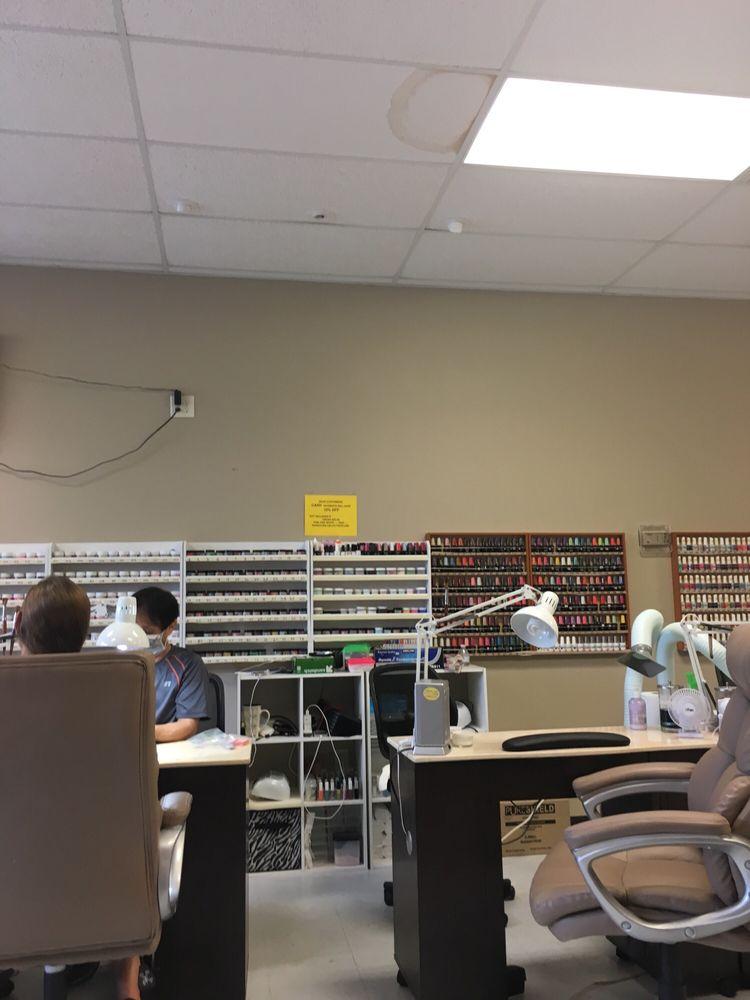 Nails World: 205 Berkeley Cir, Summerville, SC