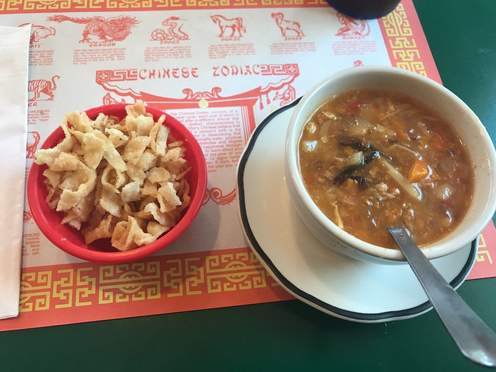 Lucky Dragon Cafe: 301 Eureka Ave, Berryville, AR