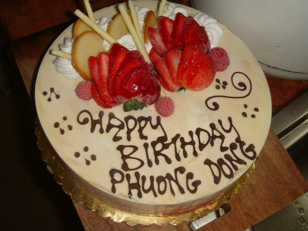 My Birthday Cake It Was Caramel And Strawberry Sorbet D Yelp