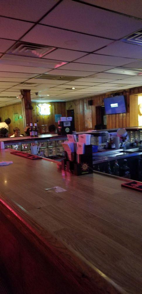 Gateway: 3520 Annapolis Rd, Halethorpe, MD