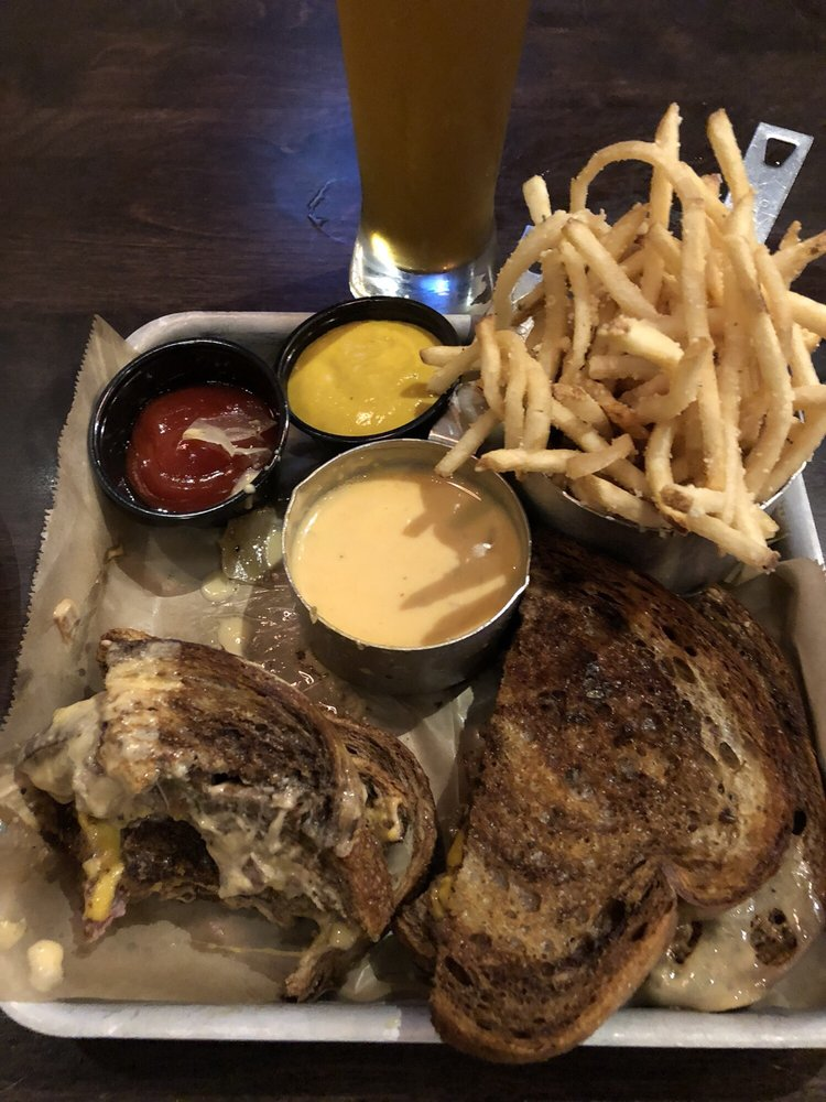 Food from Taphouse 41