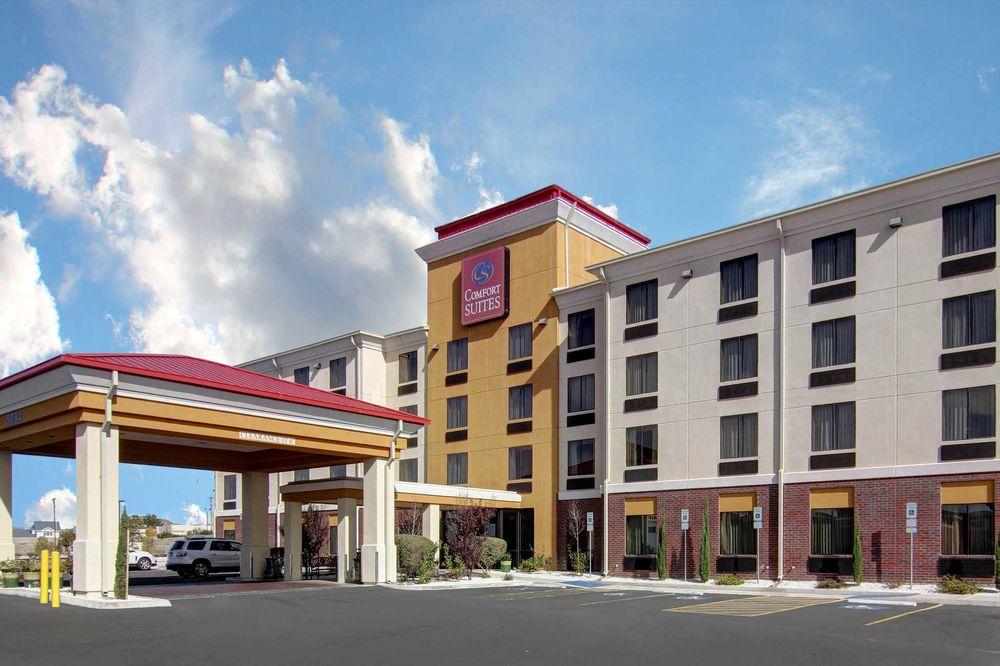 Comfort Suites El Paso West: 5034 N Desert Blvd, El Paso, TX