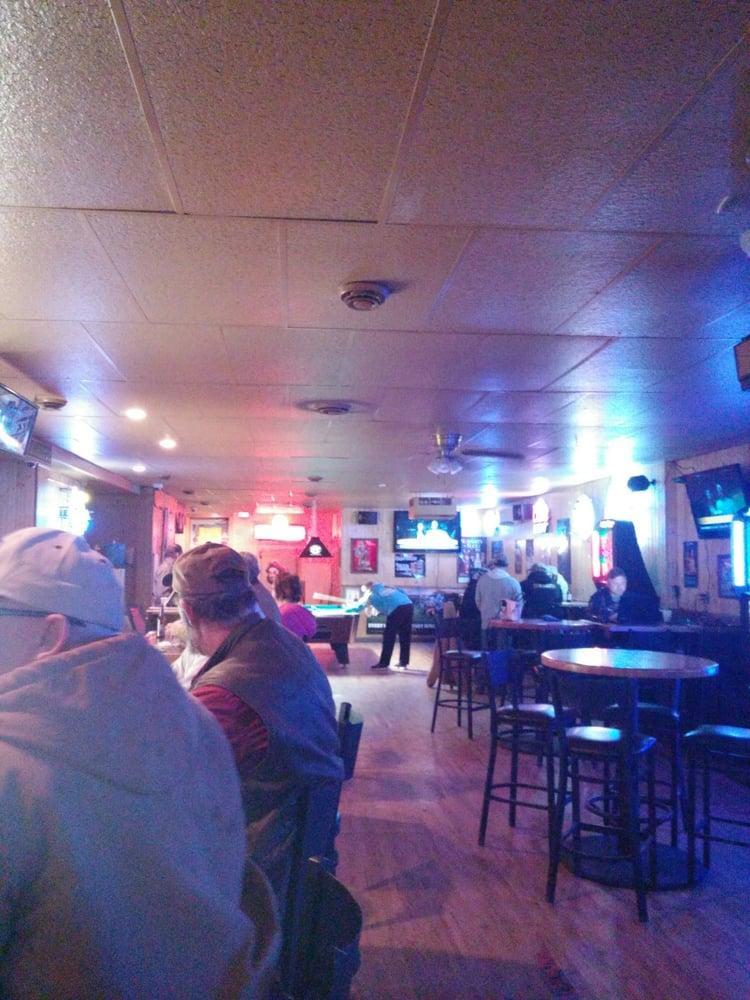 City Bar: 117 N Main St, Watford City, ND
