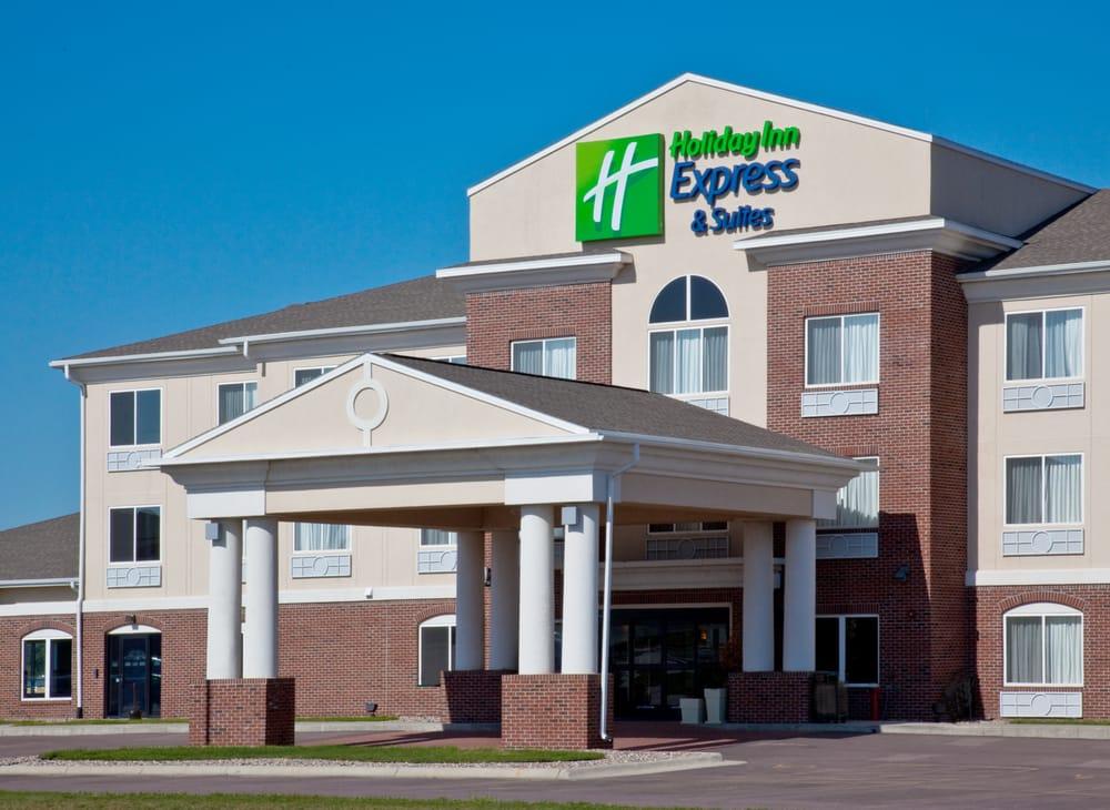 Holiday Inn Express & Suites Le Mars: 1285 Sleepy Eye Dr, Le Mars, IA