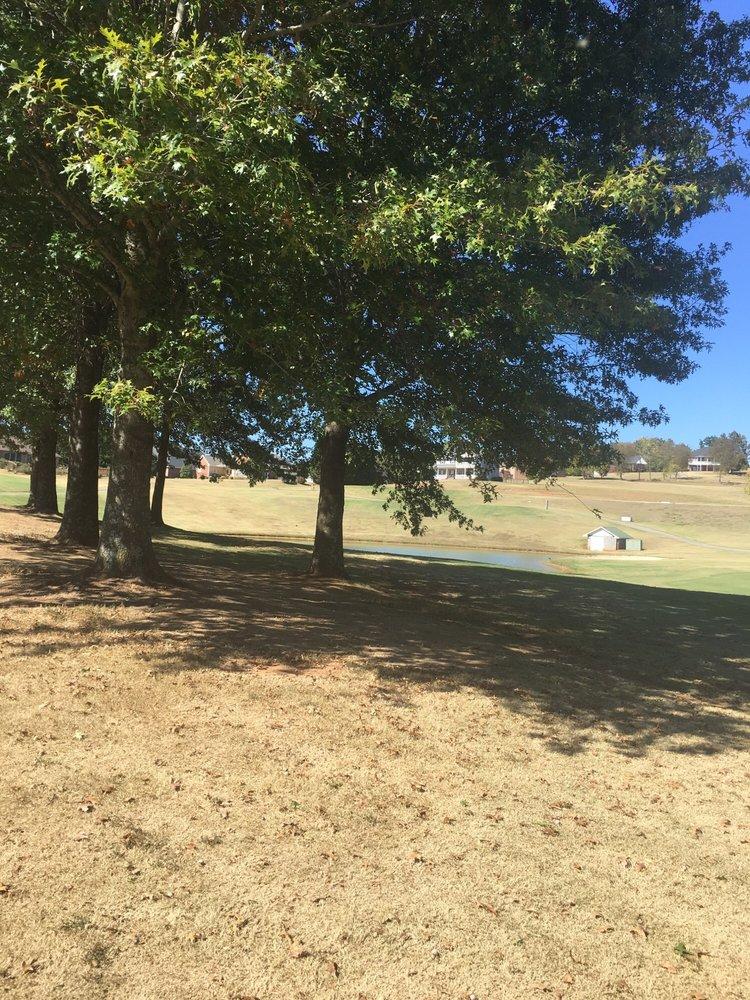 Patriot Hills Golf Club: 735 Constitution Dr, Jefferson City, TN