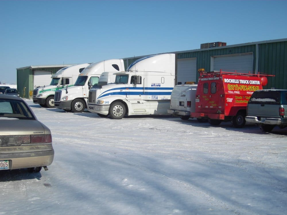 Towing business in Rochelle, IL