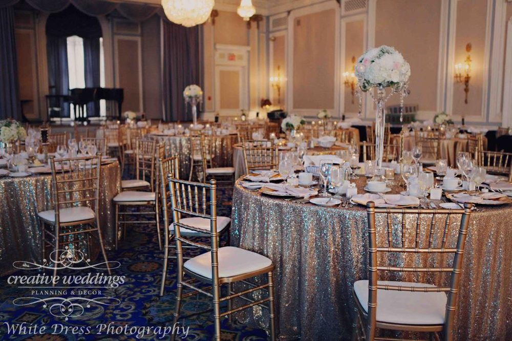 Calgary Wedding Planner - Blush and Champagne Gold Wedding in ...