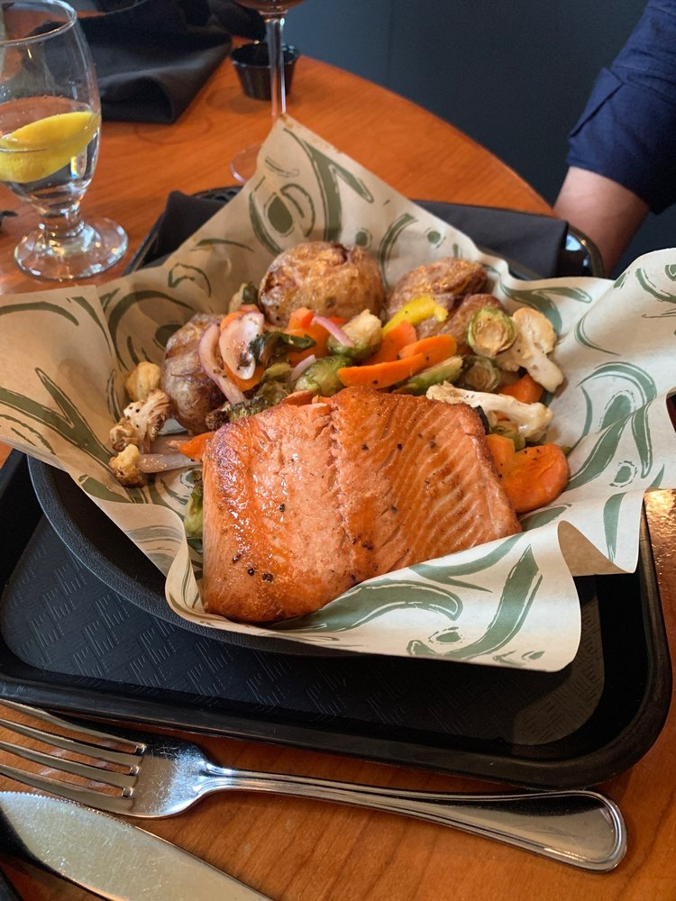 Great Blue Heron Grill: 8720 Semiahmoo Pkwy, Blaine, WA