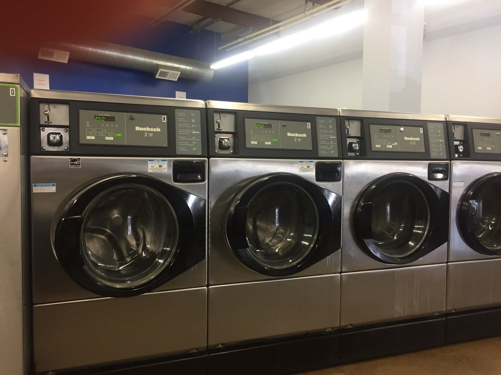 Linder Coin Laundry: 2135 Sycamore View Rd, Memphis, TN