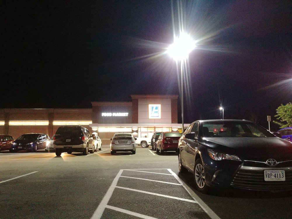 ALDI: 1670 Mall Dr, North Chesterfield, VA