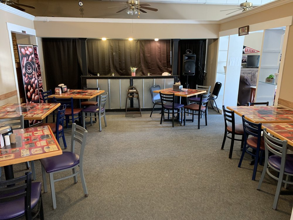 The Ghost Roasterie: 111 N 8th St, Atchison, KS