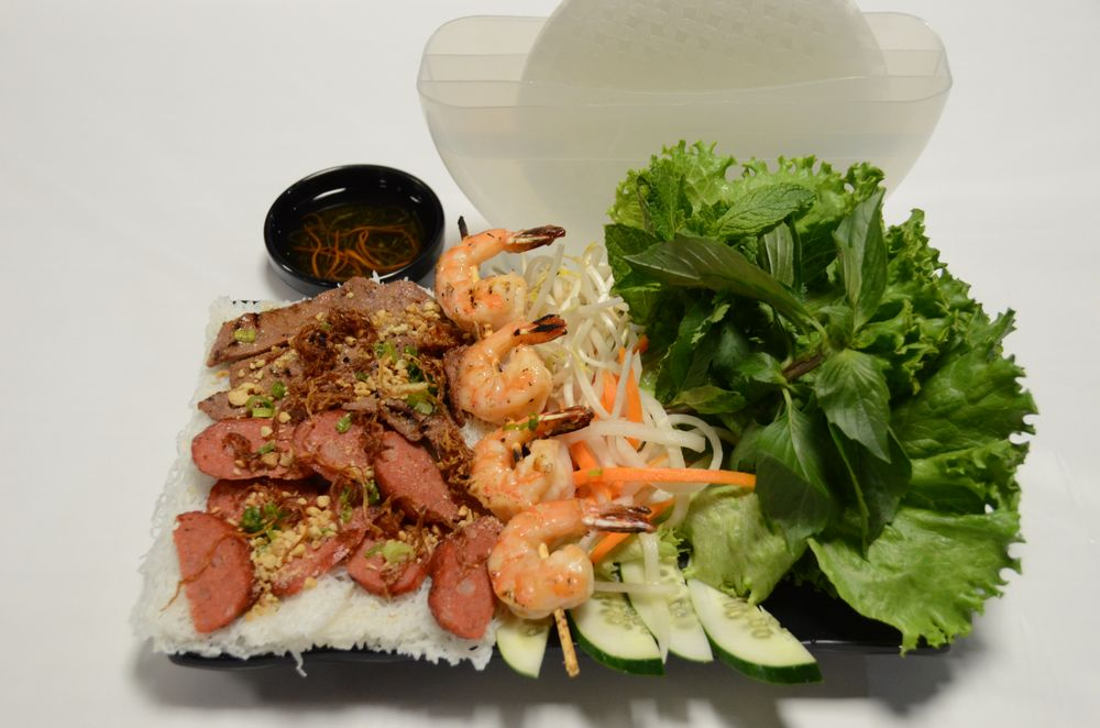 Pho 21: 8134 E 21st St, Indianapolis, IN