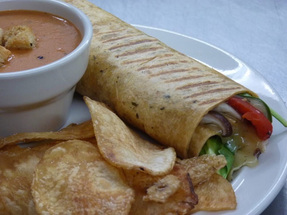 On the Go Cafe & Catering: 11 York St Frnt, Hanover, PA