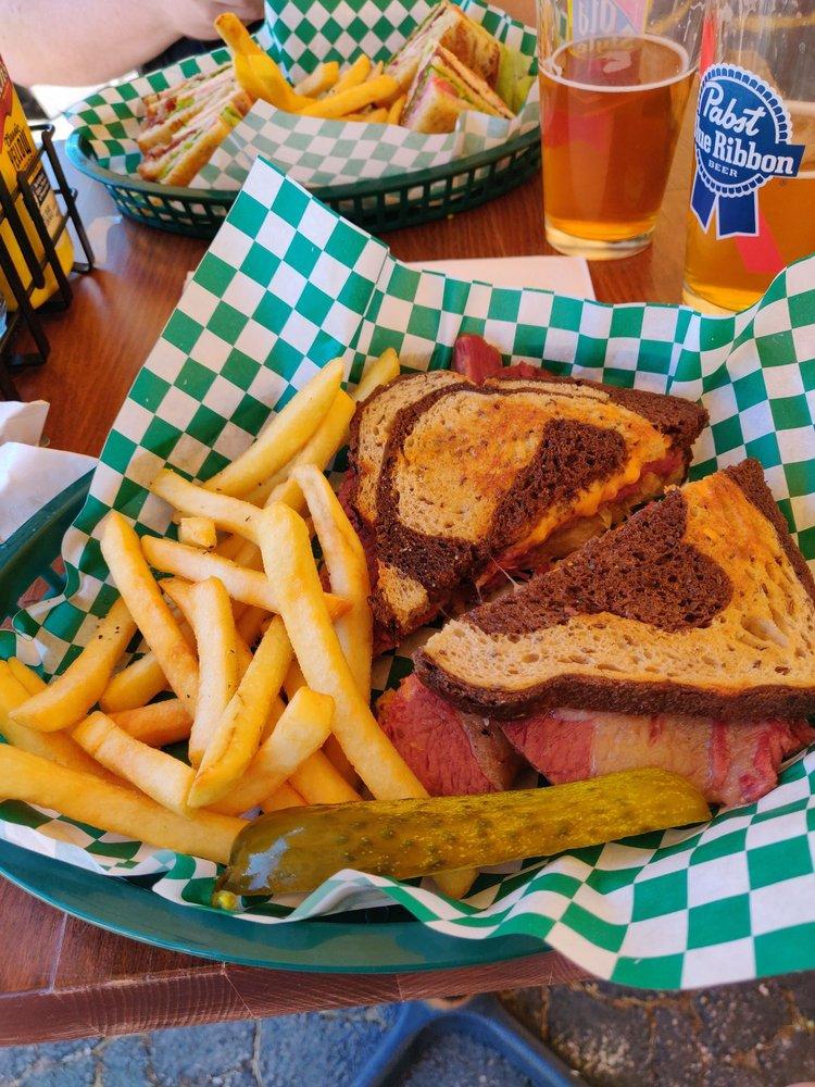 Tavern in the Glen Bar & Grill: 15761 S Bell Rd, Homer Glen, IL