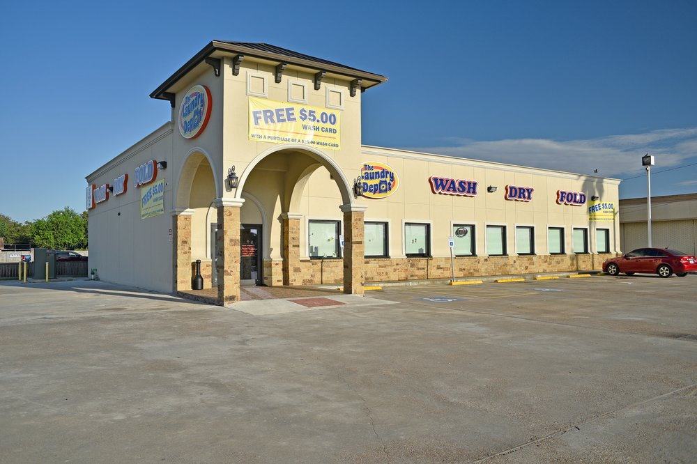 The Laundry Depot: 4750 Holly Rd, Corpus Christi, TX