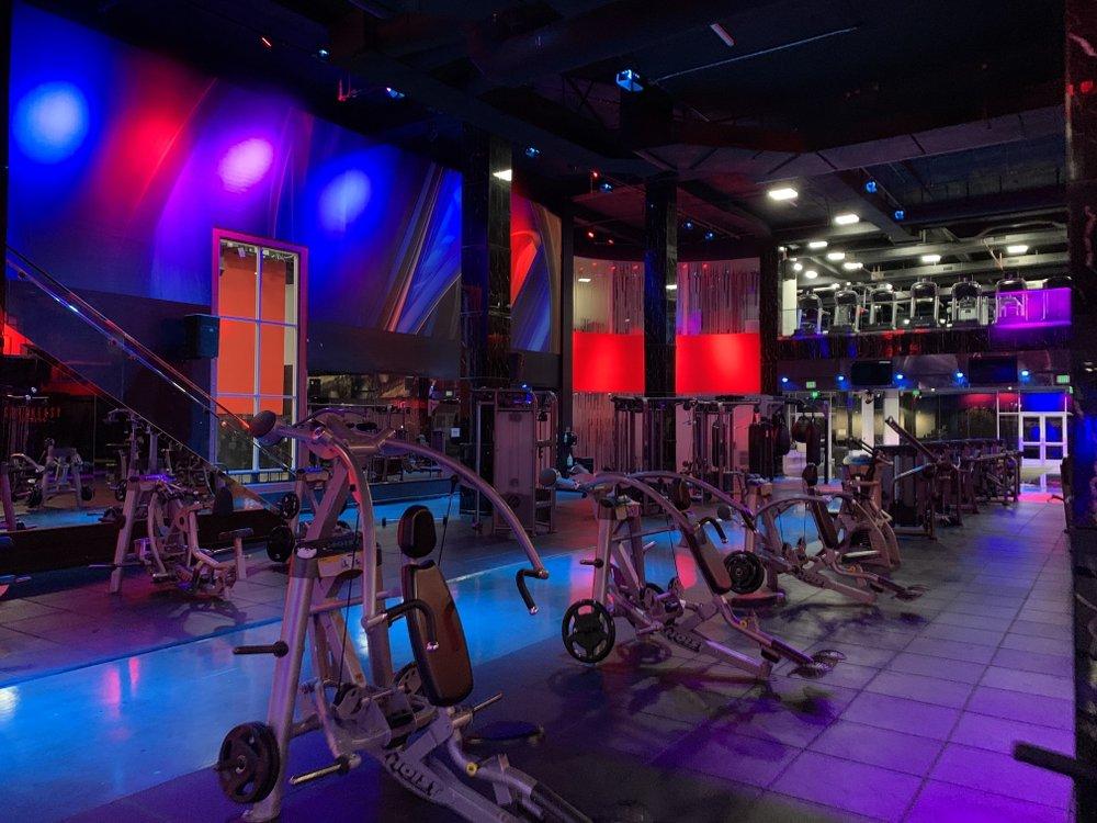 Speakeasy Fitness - Van Nuys