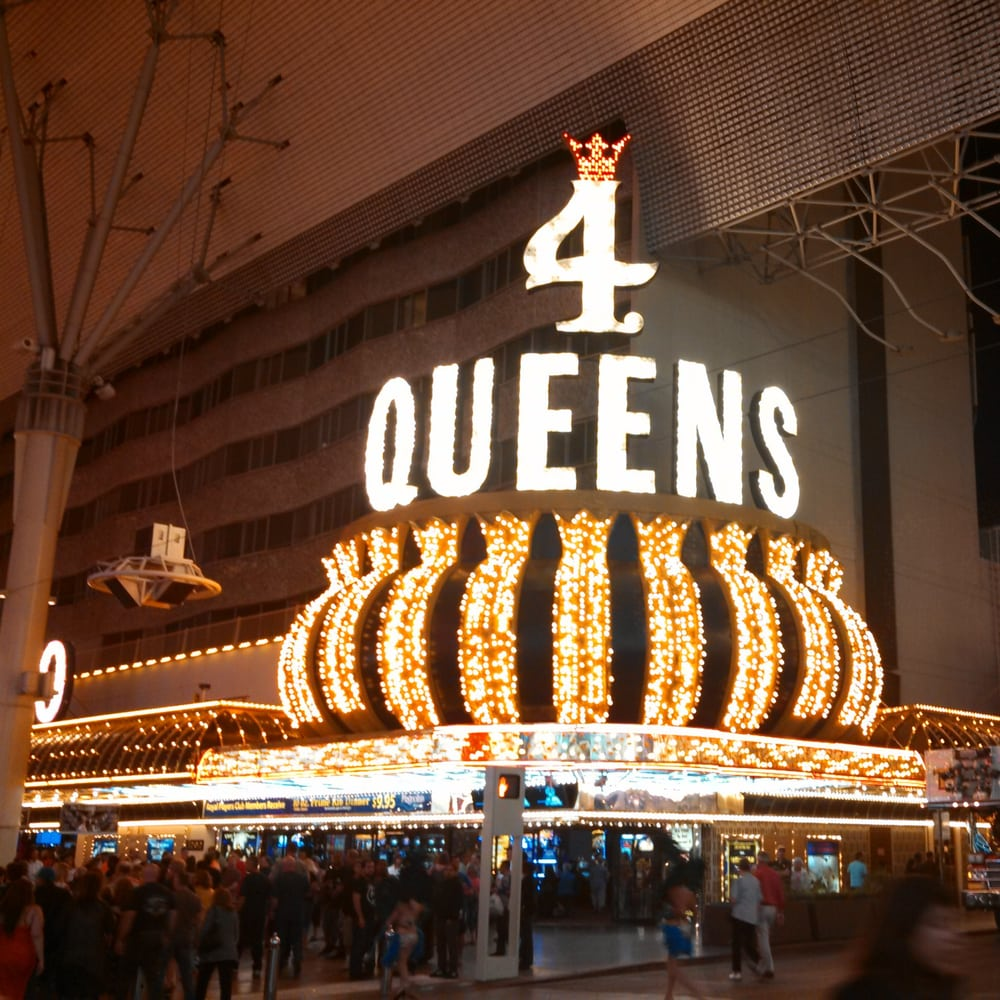 Four queens casino las vegas employment
