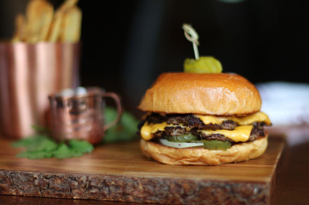 Good Thyme Restaurant: 77180 State Hwy 13, Washburn, WI