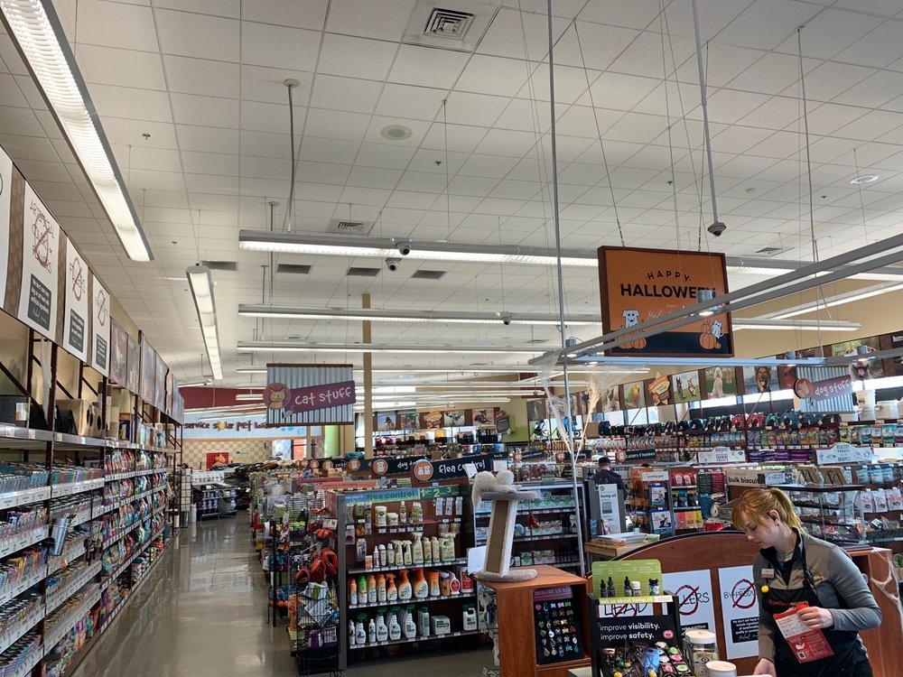 Pet Food Express: 11430 San Pablo Ave, El Cerrito, CA