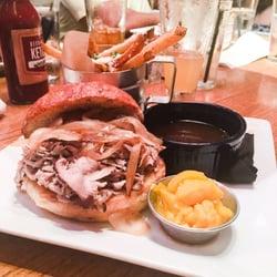 Beer Kitchen - 697 Photos & 920 Reviews - Gastropubs - 435 Westport ...