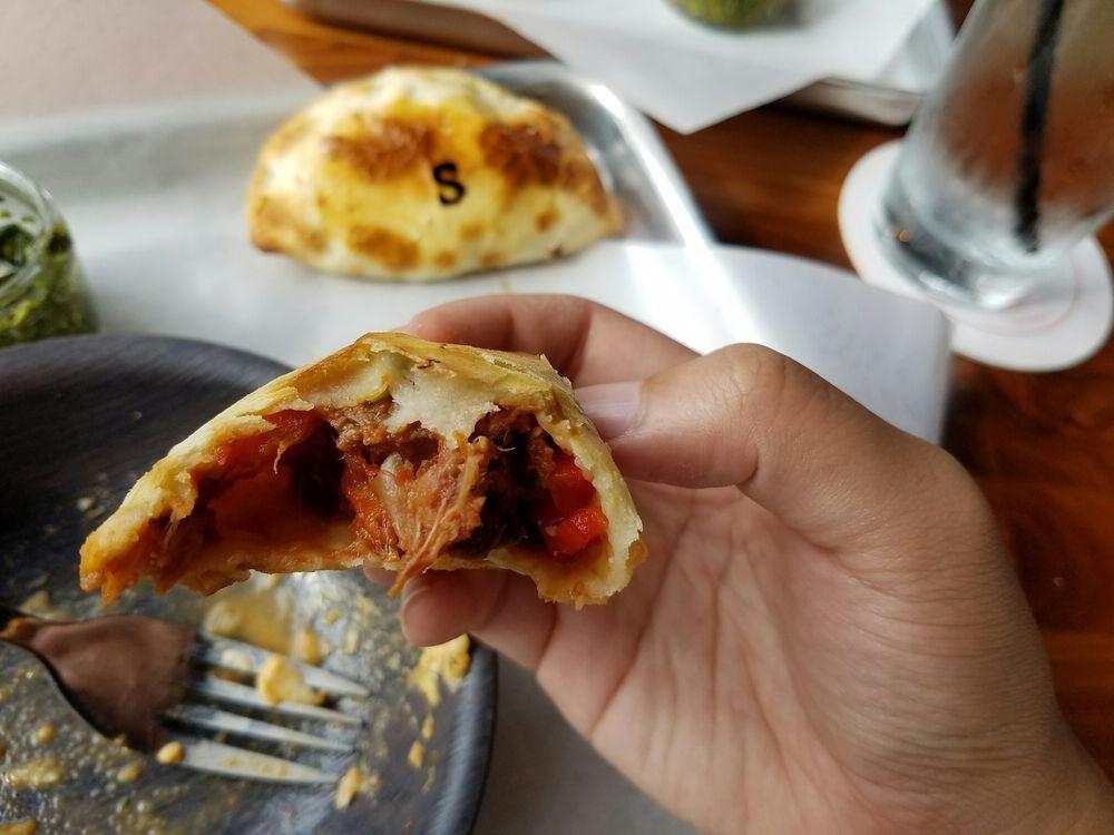 La Masa Empanada Bar