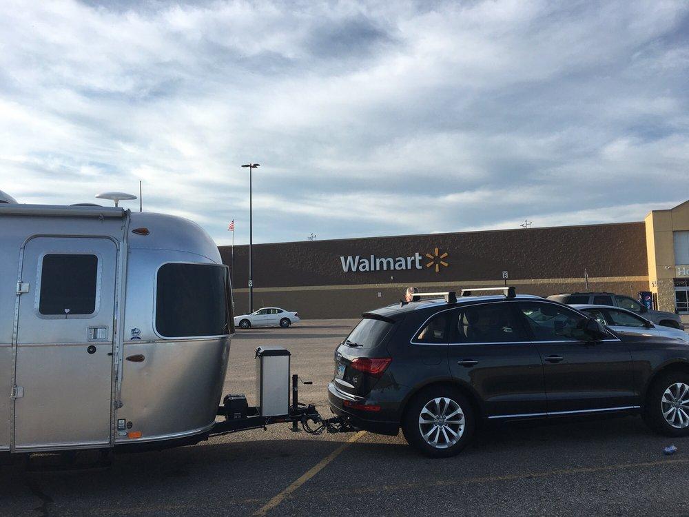 Walmart Supercenter: 1250 Goemann Rd, Fairmont, MN