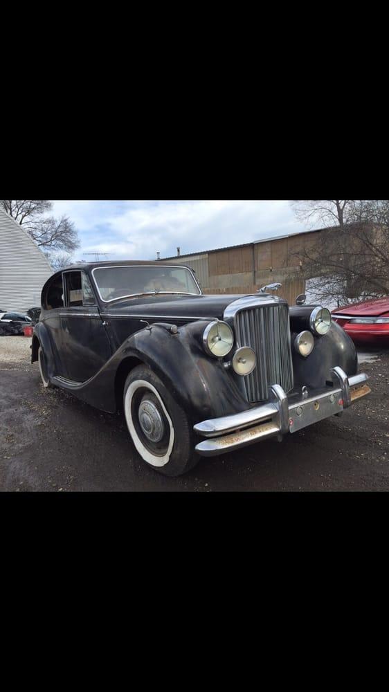 R & M Auto Body: 225 E Main St, Round Lake Park, IL