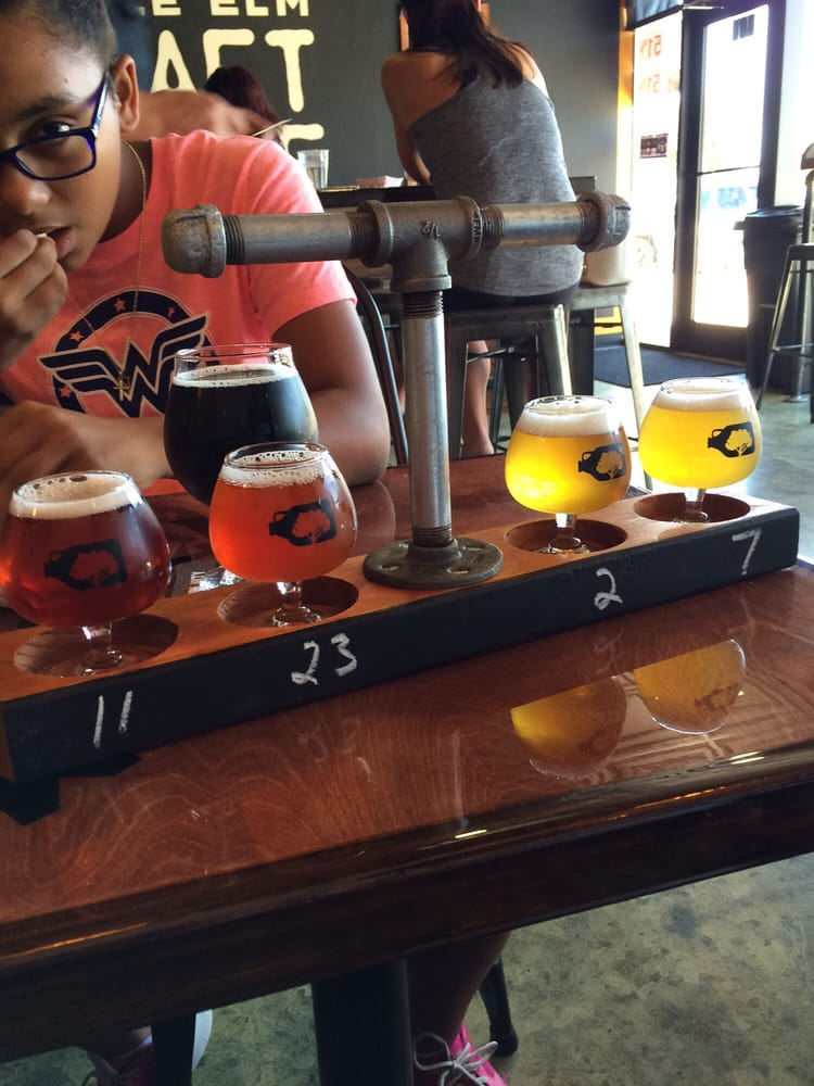 Our taster yum yelp for Little elm craft house