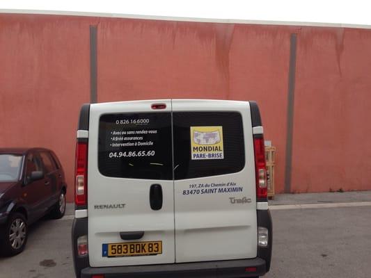 Mondial parebrise garages 197 za chemin d 39 aix saint for Garage auto saint maximin la sainte baume