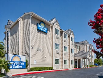 Days Inn Suites By Wyndham Antioch 60 Photos 43 Reviews Hotels 1605 Auto Center Drive Ca Phone Number Yelp