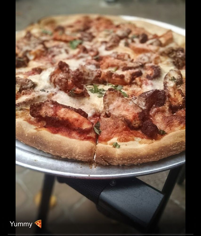 Naples Pizza: 2 S Main St, Mullica Hill, NJ