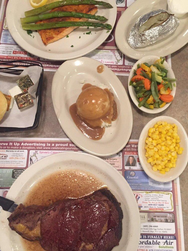 Dynasty Diner