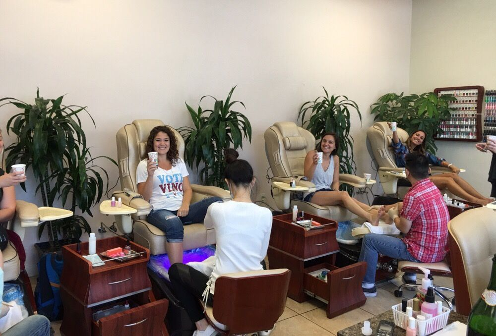 The bridesmaids getting pampered before the wedding day:) Congrats ...