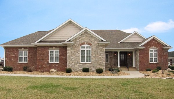 New Horizons Homes: 2801 17th St, Marion, IL