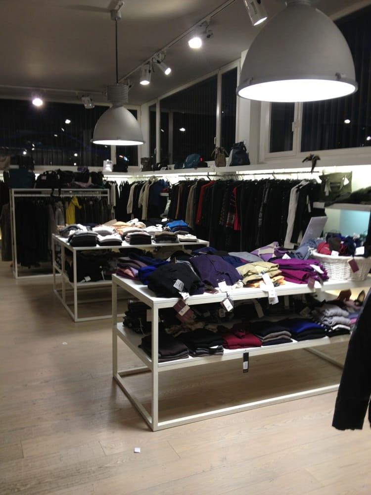 Matia\'s Fashion Outlet - Fashion - Piazza Carlo Mirabello 4 ...