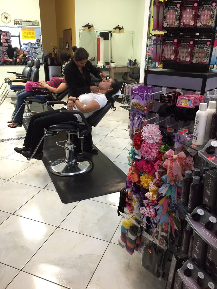 Maxim Beauty Supply Salon & Eyebrow Threading