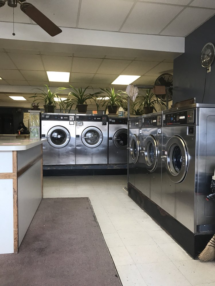 One Stop Laundromat and Dry Cleaners: 1067 S Main St, Cheshire, CT