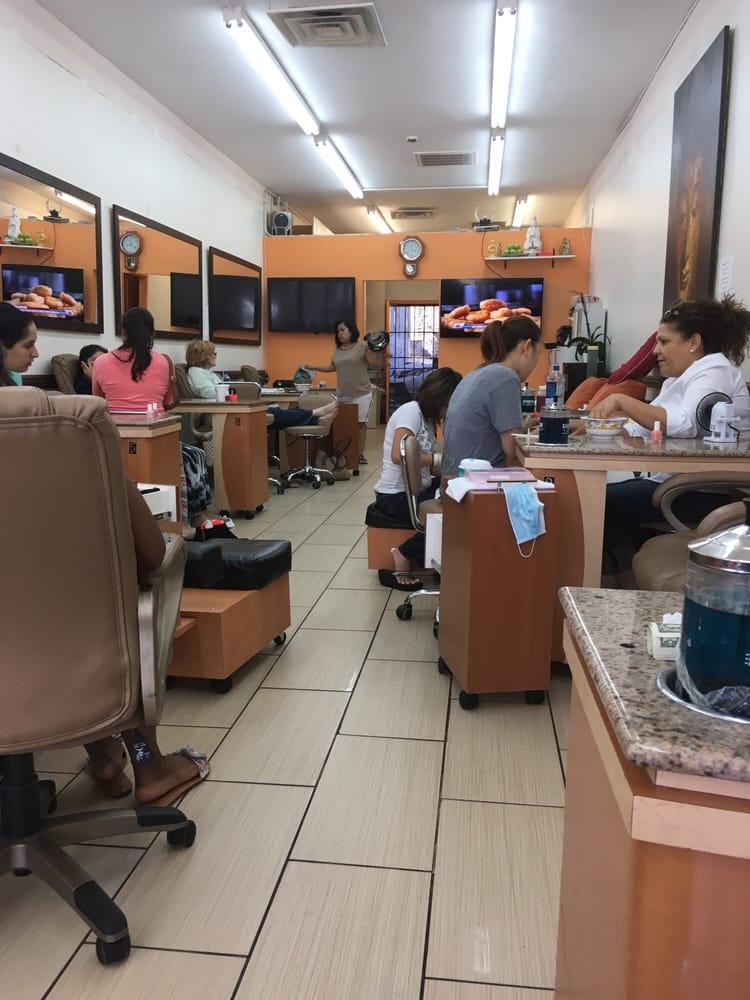 M k nail 19 photos 34 reviews nail salons 9227 w for 24 hour nail salon in atlanta ga