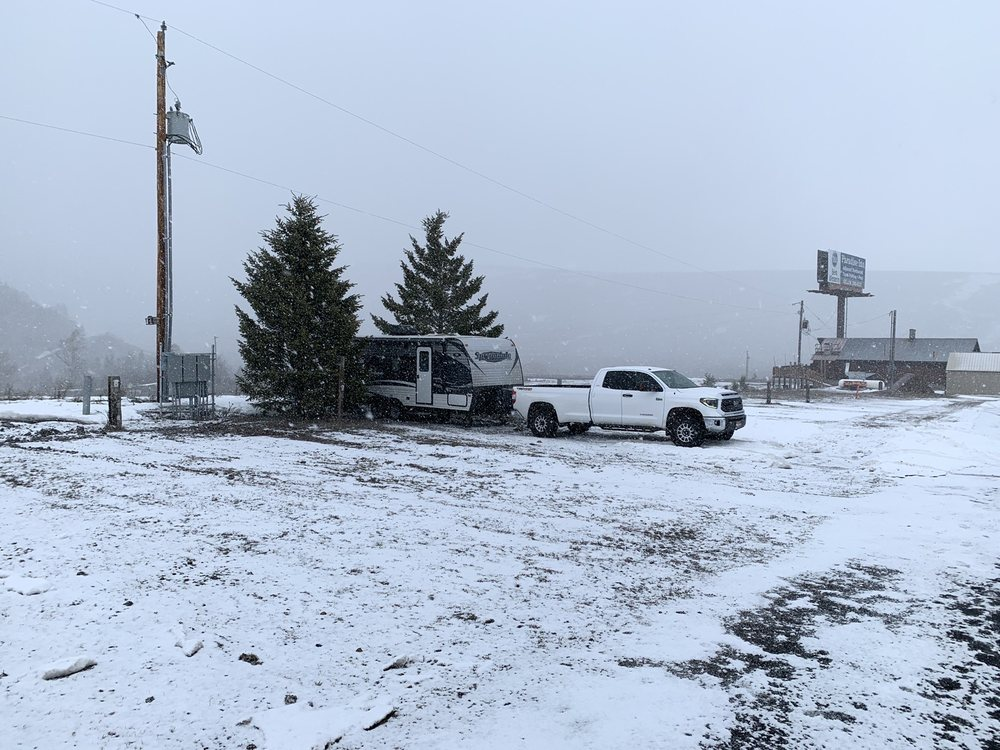 Spencer Grill and Rv Park: 1479 N Hwy 91, Spencer, ID
